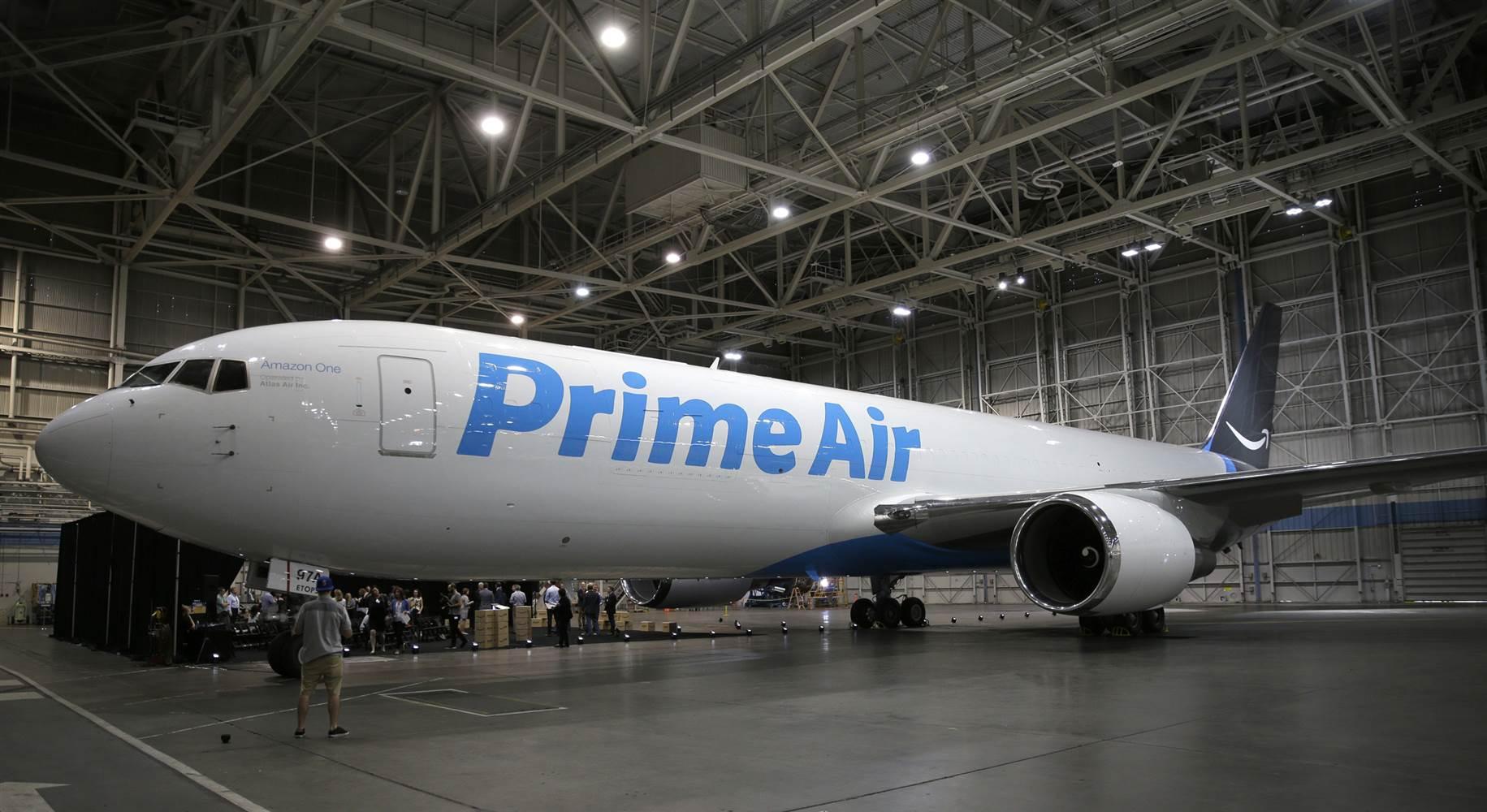 Amazon PrimeAir Plane Boeing
